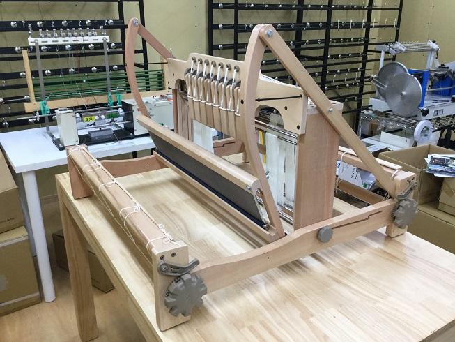 ニュージーランド アシュフォード社製の卓上織り機を導入しました